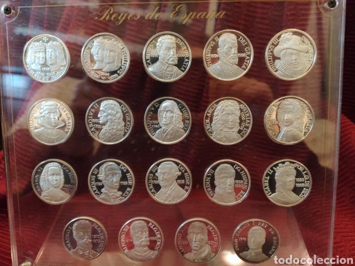 19 MÁS MONEDAS EN PLATA DE LEY. REPRESENTA A LOS REYES DE ESPAÑA. (Numismática - España Modernas y Contemporáneas - Colecciones y Lotes de conjunto)