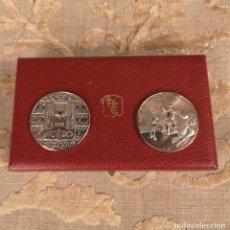 Monedas de España: PAREJA MEDALLAS EN PLATA DE LEY SEVILLA. Lote 202073833