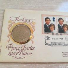 Monedas de España: MONEDA Y SELLOS CONMEMORATIVOS DE LA PRINCESA DIANA Y CARLOS 1981. Lote 202584506
