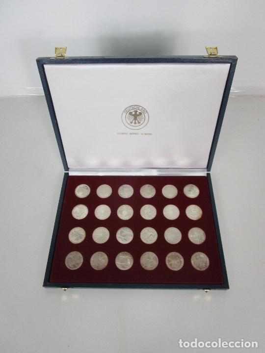 ESTUCHE - MONEDAS CONMEMORATIVAS MUNICH 1972 - DEUTSHLAND OLIMPIC SERIES - 10 MARK - EN PLATA DE LEY (Numismática - España Modernas y Contemporáneas - Colecciones y Lotes de conjunto)
