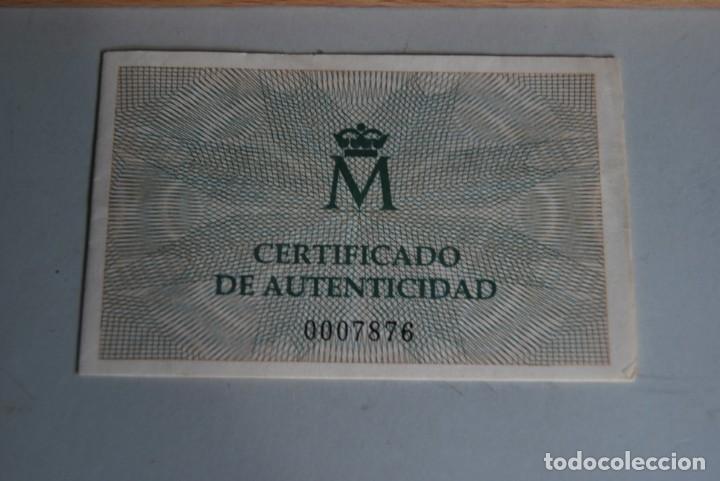 Monedas de España: CINCO MONEDAS QUINTO CENTENARIO DESCUBRIMIENTO DE AMÉRICA - CRISTOBAL COLÓN - PLATA - ESTUCHE MADERA - Foto 4 - 211759946