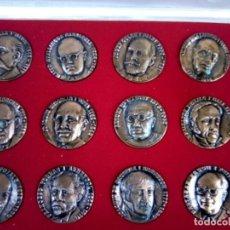 Monedas de España: TERRASSA ESTUCHE DE 12 MEDALLAS COBRE DE PERSONAJES VER FOTOS. Lote 260734420
