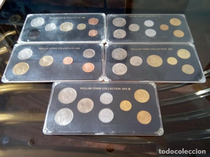 Monedas de España: 5 ESTUCHES MONEDAS GRECIA DIFERENTES AÑOS , LIQUIDACION - Foto 2 - 261192400