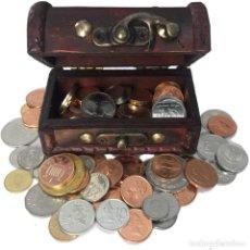Monedas de España: LOTE PACK MONEDAS 100 UNIDADES Y COFRE DE REGALO. Lote 271439358