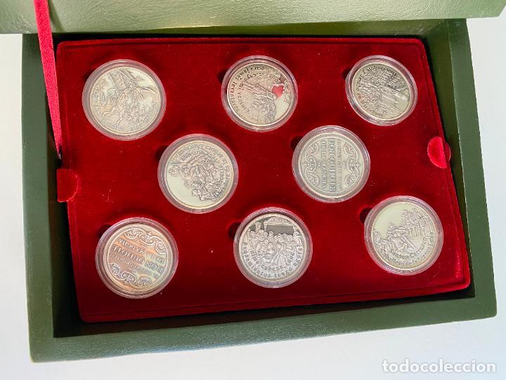 Monedas de España: EL INGENIOSO HIDALGO DON QUIJOTE , 26 MEDALLAS DE PLATA ESTUCHE LIBRO , ACUÑACIONES IBERICAS - Foto 4 - 288458178