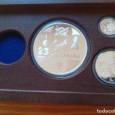Monedas de España: SET MONEDAS FNMT 1998 25, 5, 1 EURO PLATA 209 G TEMA MILITAR CON CERTIFICADO MONEDA DE ORO 200 EURO. Lote 289009843