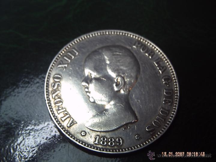 CINCO PESETAS DE ALFONSO XIII DEL AÑO 1889. ESTRELLAS MUY CLARAS 89. PLATA. ESPAÑA. MUY BUENA CON. (Numismática - España Modernas y Contemporáneas - De Isabel II (1.834) a Alfonso XIII (1.931))