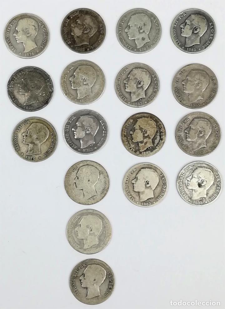 17 MONEDAS DE PLATA. UNA PESETAS REY ALFONSO XII. ESPAÑA 1876.1882.1883.1885 (Numismática - España Modernas y Contemporáneas - De Isabel II (1.834) a Alfonso XIII (1.931))