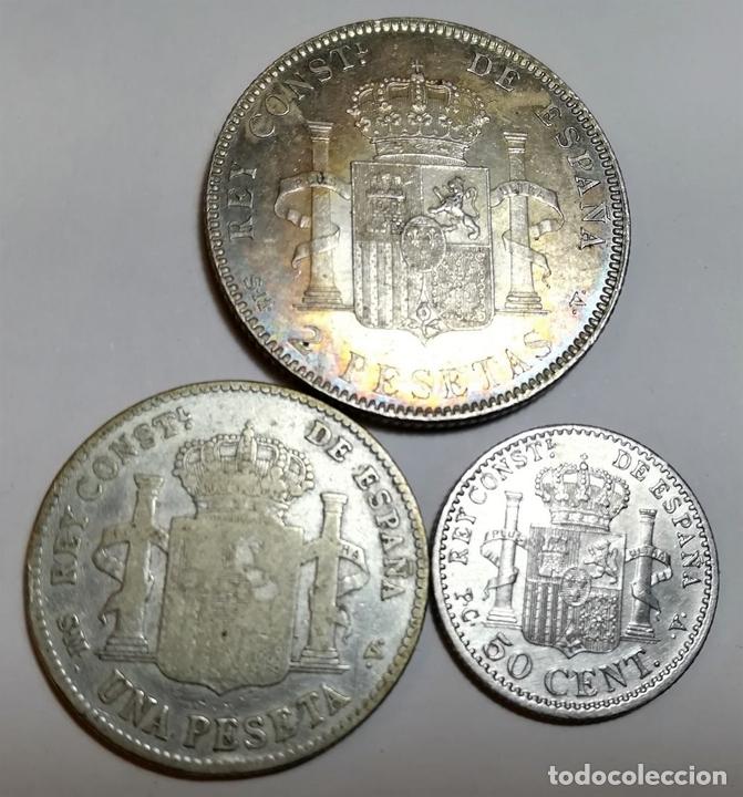 Monedas de España: 3 MONEDAS: 2 PESETAS. UNA PESETA. 50 CÉNTIMOS DE PLATA. REY ALFONSO XIII. ESPAÑA - Foto 2 - 160335954