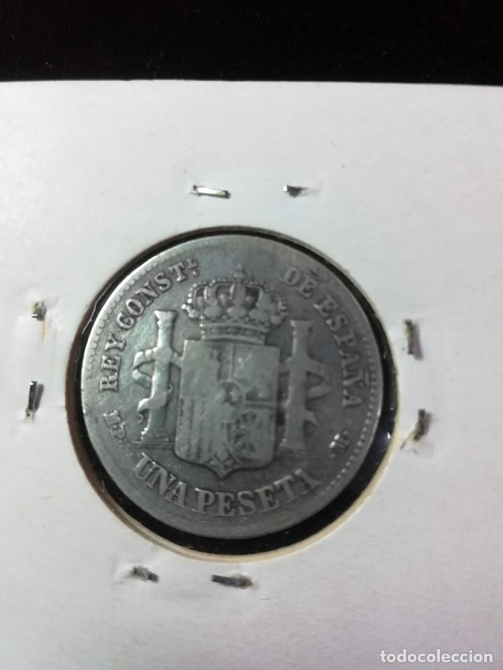 Monedas de España: MONEDA DE UNA PESETA DE ALFONSO XIII DE 1889 . RARA. BUENA CONSERVACION TIRANDO A - - Foto 2 - 181782763