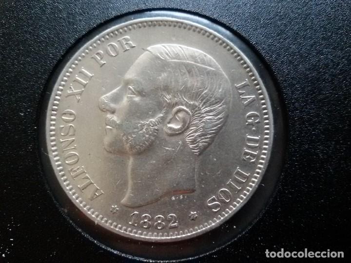 MONEDA DE ALFONSO XII DURO DE PLATA DE 1882 (Numismática - España Modernas y Contemporáneas - De Isabel II (1.834) a Alfonso XIII (1.931))