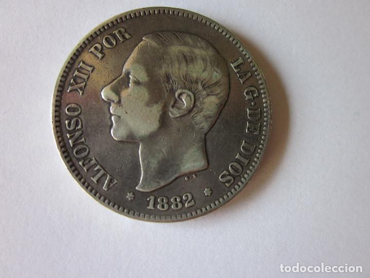 CINCO PESETAS DE ALFONSO XII. 1882. SOBRE 81. *18-81. PLATA. (Numismática - España Modernas y Contemporáneas - De Isabel II (1.834) a Alfonso XIII (1.931))