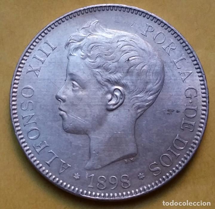 Monedas de España: OCASIÓN LOTE MONEDAS 5 PESETAS ALFONSO XIII PROCEDENTES DE SUBASTA. DUROS DE PLATA 1898 Y 1899. - Foto 5 - 194887521