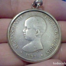 Monedas de España: 1861 5 PTS ALFONSO XIII PELON ESTRELLA 91 P.G. M. ENGARZADA PARA LLAVERO O COLGANTE PLATA ORIGINAL. Lote 194891485