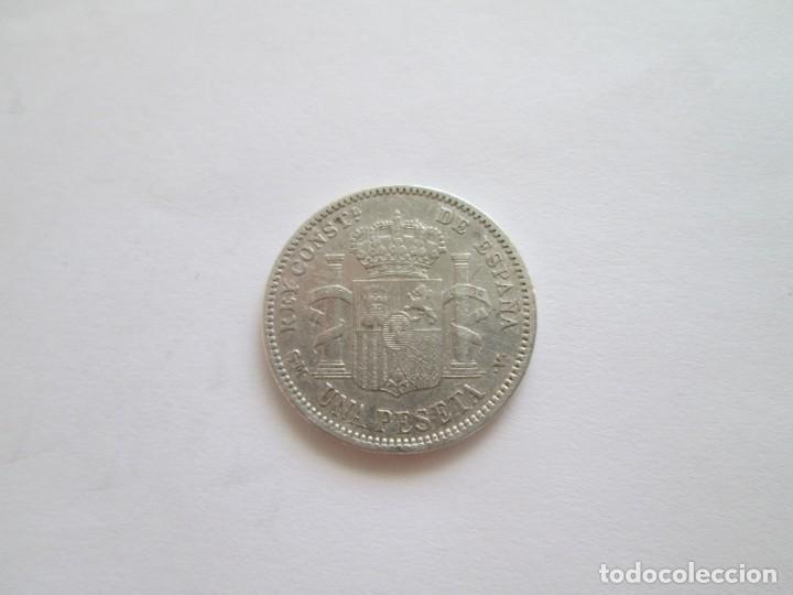 Monedas de España: ALFONSO XIII * 1 PESETA 1904 SM V * ESTRELLAS VISIBLES * PLATA - Foto 2 - 210263760
