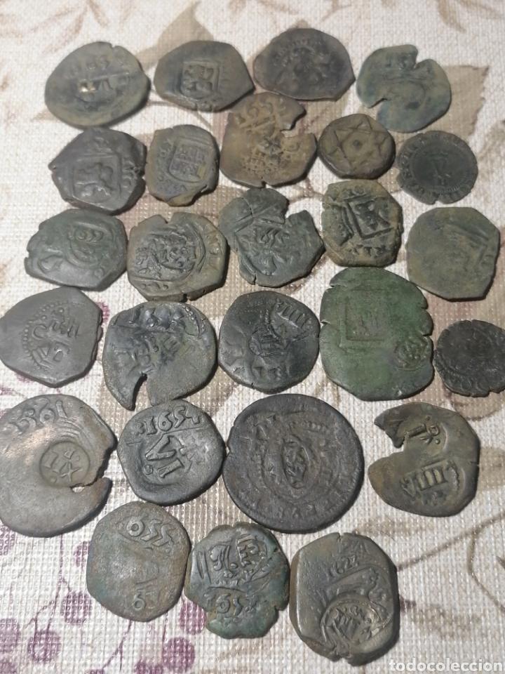 LOTE 26 MONEDAS CON FECHAS RESELLOS AUSTRIAS (Numismática - España Modernas y Contemporáneas - De Reyes Católicos (1.474) a Fernando VII (1.833))