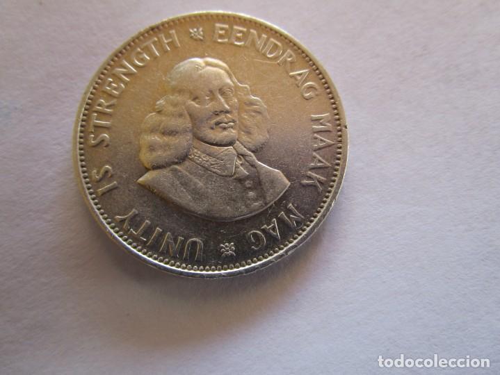 SUDAFRICA . 50 CENTS DE PLATA MUY ANTIGUOS . (Numismática - España Modernas y Contemporáneas - De Isabel II (1.834) a Alfonso XIII (1.931))