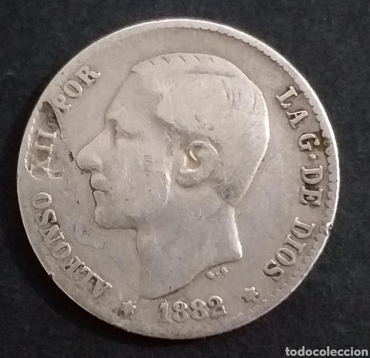 UNA PESETA DE PLATA 1882 ALFONSO XII (Numismática - España Modernas y Contemporáneas - De Isabel II (1.834) a Alfonso XIII (1.931))