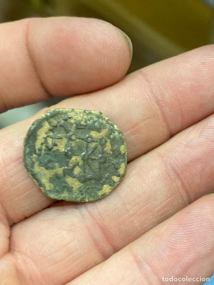 Monedas de España: Coronado de Pamplona por clasificar - Foto 2 - 288467778