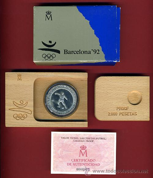 SET , ESTUCHE MONEDA 2000 PESETAS 1990 PLATA , FNMT , FUTBOL , BARCELONA 92 ,ORIGINAL (Numismática - España Modernas y Contemporáneas - Ecus y Euros)