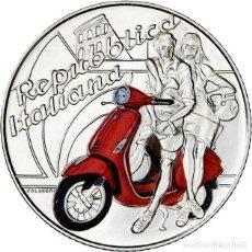 Euros: MONEDA CONMEMORATIVA ITALIA 2019 DE 5 EUROS(MOTO VESPA ROJA). Lote 162940882