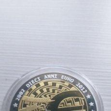 Euros: MEDALLA CONMEMORATIVA EURO ITALIA INSCRUSTACIONES SWAROSKI BANDERA- VER FOTOS. Lote 210461356