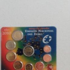 Euros: CARTERA OFICIAL EURO ESPAÑA 2010 EMISIÓN NACIONAL DEL EURO 9 MONEDAS 2 € MEZQUITA CÓRDOBA. Lote 219011040