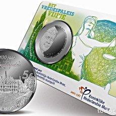 Euros: HOLANDA, 5 EUROS 2013 COINCARD. 100 ANIVERSARIO DEL PALACIO DE LA PAZ EN LA HAYA. Lote 221398096