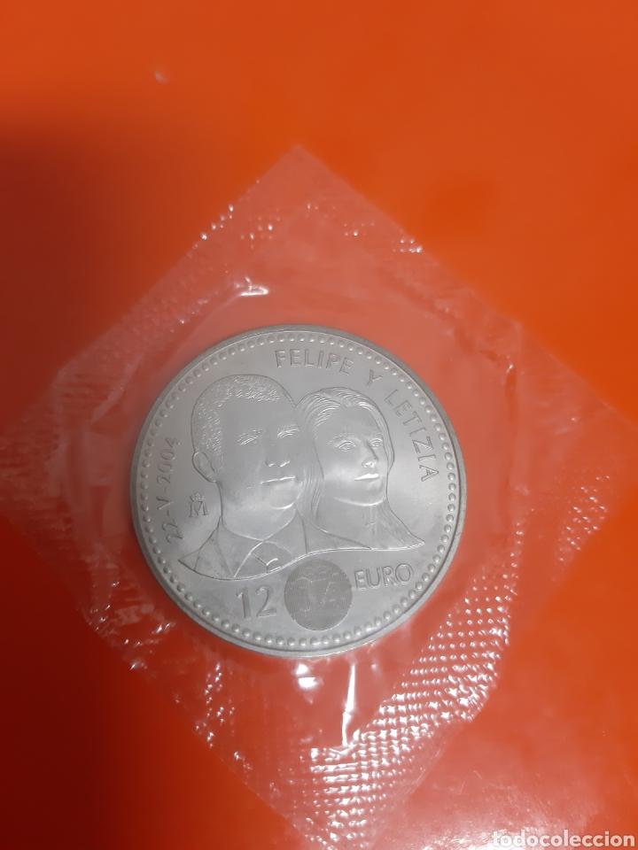 2000 PESETAS PLATA SC ESPAÑA 2004 (Numismática - España Modernas y Contemporáneas - Felipe VI)