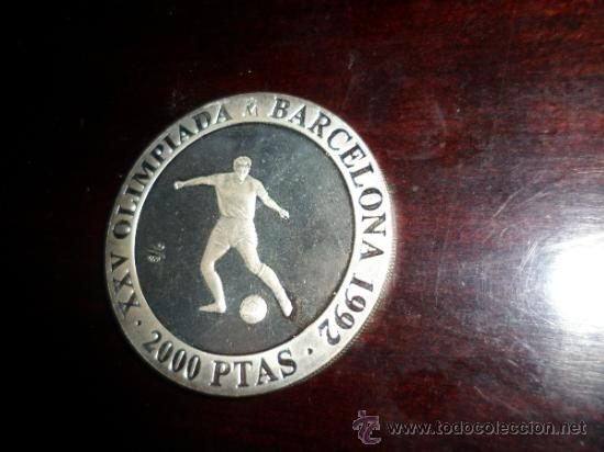 Monedas FNMT: 2.000 PESETAS PLATA XXV [925/1000] JJ.OO. BARCELONA 92 - FUTBOL - Foto 3 - 31092465