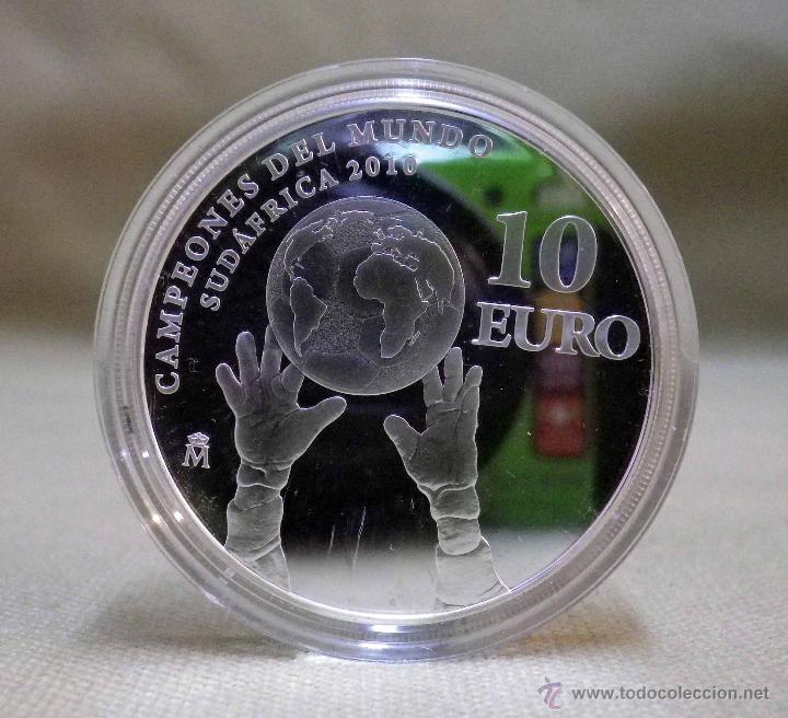 MONEDA DE PLATA, 10 EUROS, CAMPEONES DEL MUNDO, SUDAFRICA , FNMT, 2010, CON CERTIFICADO, SIN ESTUCHE (Numismática - España Modernas y Contemporáneas - FNMT)