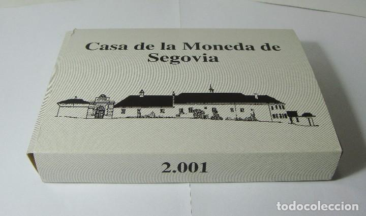 Monedas FNMT: Monedas de Colección. Plata. Casa de la Moneda de Segovia - 2001. Con estuche, certif. y encapsulada - Foto 3 - 74898499
