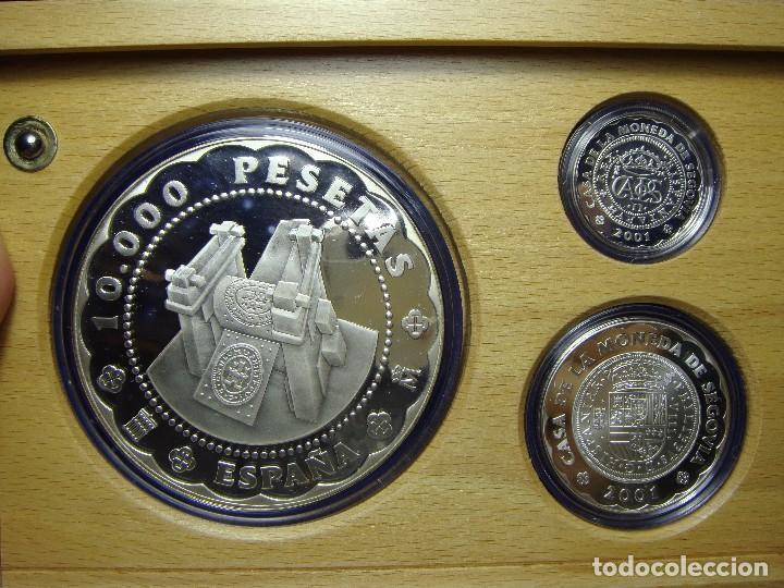Monedas FNMT: Monedas de Colección. Plata. Casa de la Moneda de Segovia - 2001. Con estuche, certif. y encapsulada - Foto 5 - 74898499