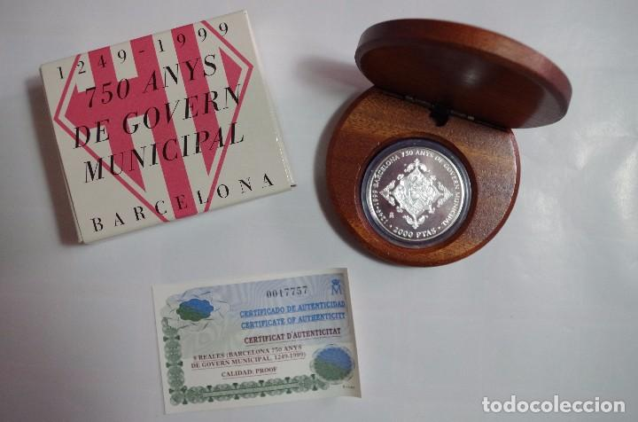 Monedas FNMT: 2000 PTS - PLATA PROOF - 750 ANYS DE GOVERN MUNICIPAL BARCELONA - 1249-1999 - ESTUCHE Y CERTIFICADO - Foto 1 - 90660320