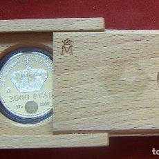 Monedas FNMT: ESTUCHE 2000 PESETAS, XXV ANIVERSARIO PROCLAMACION JUAN CARLOS I CON CERTIFICADO. Lote 92770285