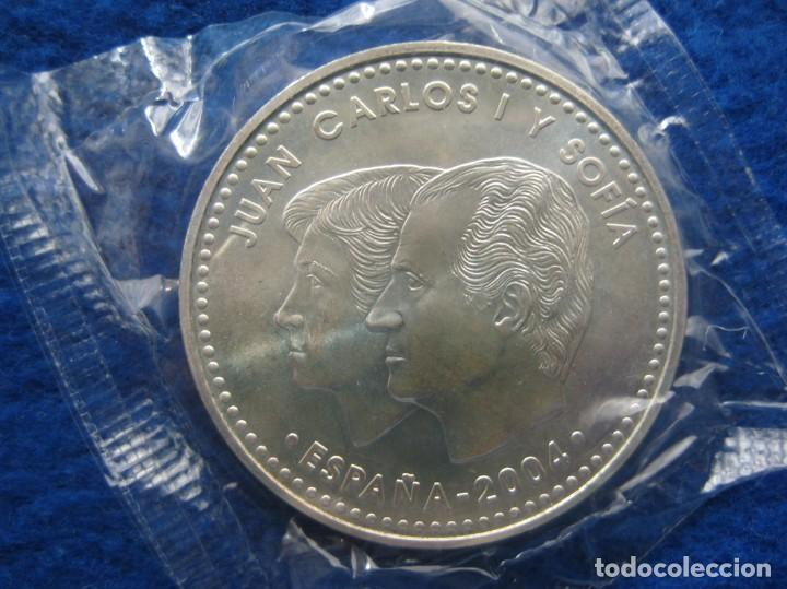 Monedas FNMT: Moneda conmemorativa de Plata. 12 euros. Año 2004. Enlace real Felipe y Letizia - Foto 3 - 164883050