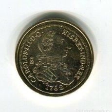 Monedas FNMT: CARLOS III 8 ESCUDOS CECA MEXICO AÑO 1762 - REPRODUCCION DE LA FNMT BAÑADA EN ORO - 33 MM.. Lote 174630654