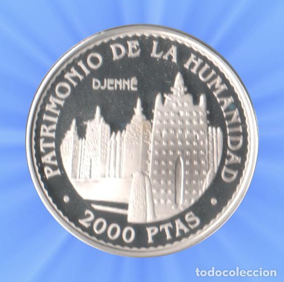 2000 PESETAS 1996 PATRIMONIO MUNDIAL UNESCO. 8 REALES DJENNE CERTIFICADO PLATA JUAN CARLOS XXX (Numismática - España Modernas y Contemporáneas - FNMT)