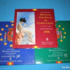 Monedas FNMT: ESPAÑA JUAN CARLOS I - LOTE DE 3 CARTERAS FNMT AÑOS- 1992- 1993 Y 1996 FDC Y PROOF. Lote 216647471