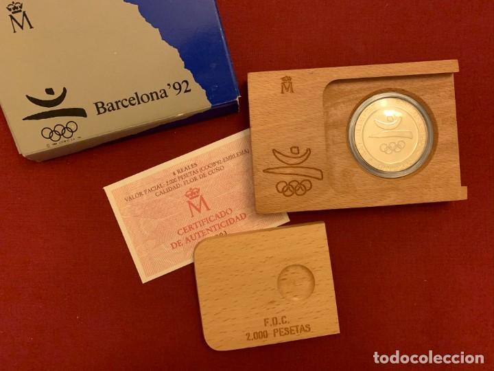ESTUCHE 2000 PESETAS - PLATA - OLIMPIADA BARCELONA 1992 - CERTIFICADO FNMT (Numismática - España Modernas y Contemporáneas - FNMT)