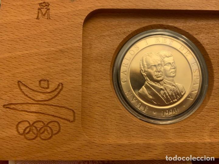 Monedas FNMT: ESTUCHE 2000 PESETAS - PLATA - OLIMPIADA BARCELONA 1992 - CERTIFICADO FNMT - Foto 3 - 228116465