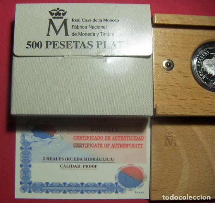 Monedas FNMT: ESTUCHE 2001 ESPAÑA 500 PESETAS 2 REALES CASA DE SEGOVIA PLATA RUEDA HIDRÁULICA CON CERTIFICADO - Foto 2 - 246307440