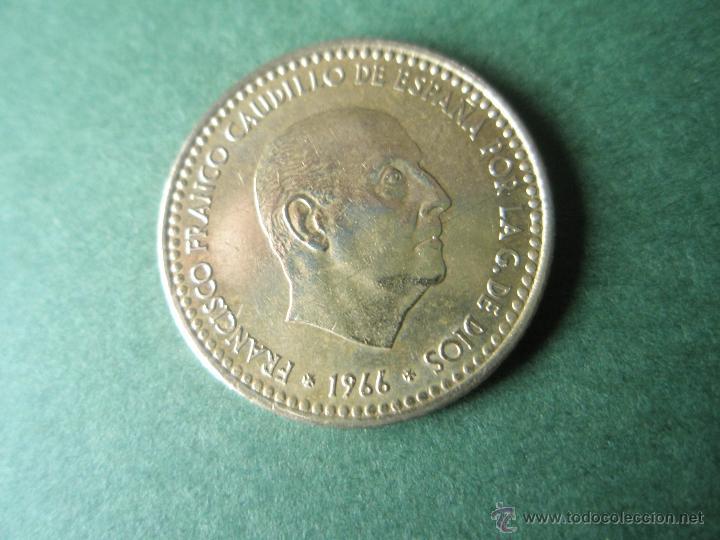MONEDA DE ESPAÑA-1 PESETA-FRANCO-1966*74--. (Numismática - España Modernas y Contemporáneas - Estado Español)