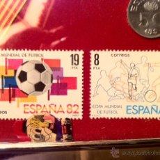 Monedas Franco: MARCO CON MONEDAS Y SELLOS MUNDIAL 82 NARANJITO. Lote 46165056