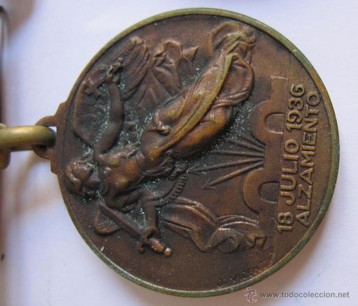 Monedas Franco: 3 Medallas Alzamiento Victoria. España. Ejército Nacional. 1936-1939. Guerra Civil Española. 3,20 CM - Foto 2 - 54846932