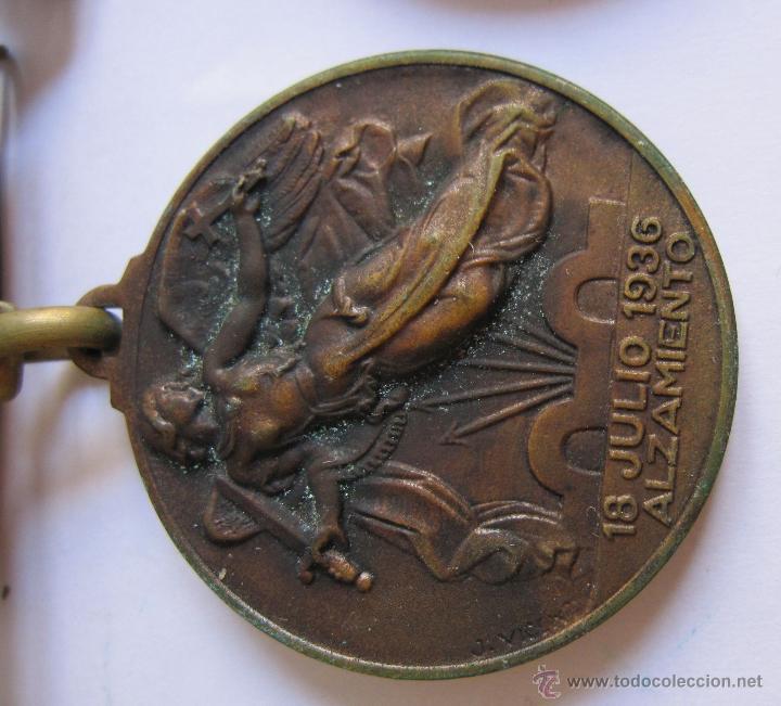 Monedas Franco: 3 Medallas Alzamiento Victoria. España. Ejército Nacional. 1936-1939. Guerra Civil Española. 3,20 CM - Foto 3 - 54846932