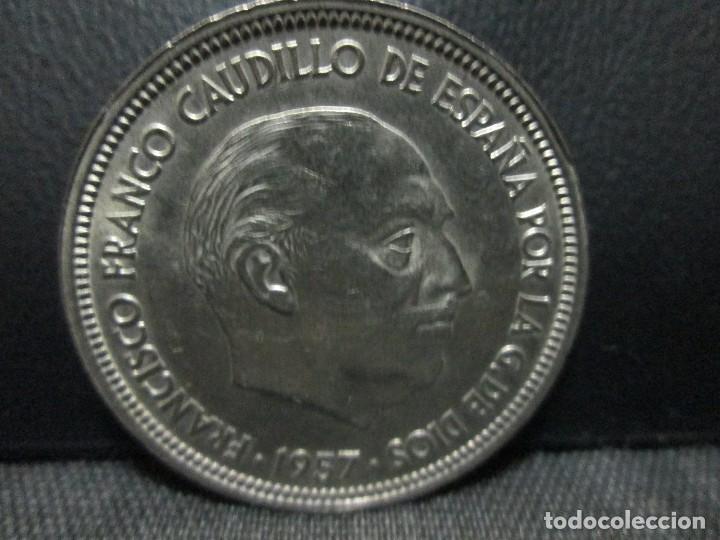 Monedas Franco: 50 pesetas 1957 estrella 59 francisco franco - Foto 2 - 80098961