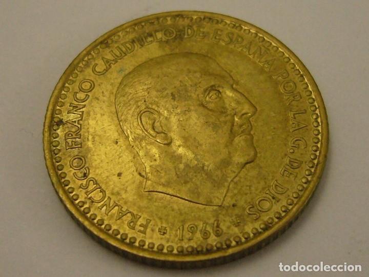 MONEDA 1 PESETA 1966 74* FRANCO CIRCULADA (Numismática - España Modernas y Contemporáneas - Estado Español)