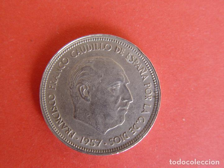 Monedas Franco: Lote 2 MONEDAS: 50 pesetas (1957: *60 y *71) Franco ¡Coleccionista! ¡Originales! - Foto 4 - 107207311
