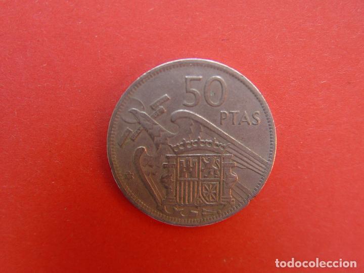 Monedas Franco: Lote 2 MONEDAS: 50 pesetas (1957: *60 y *71) Franco ¡Coleccionista! ¡Originales! - Foto 9 - 107207311